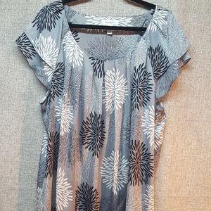 Dress Barn Grey Floral Print 22-24W Flutter Sleeve